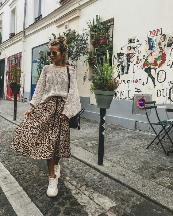 Леопардовая юбка с чем носить