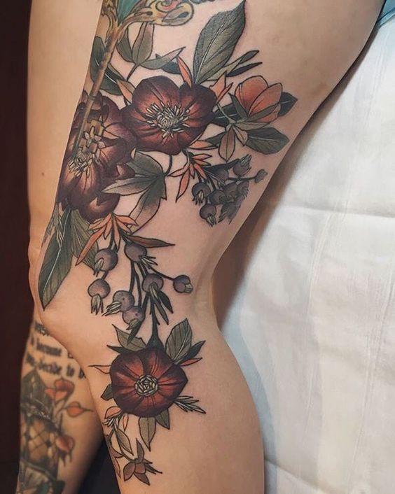 Цветные татуировки для женщин