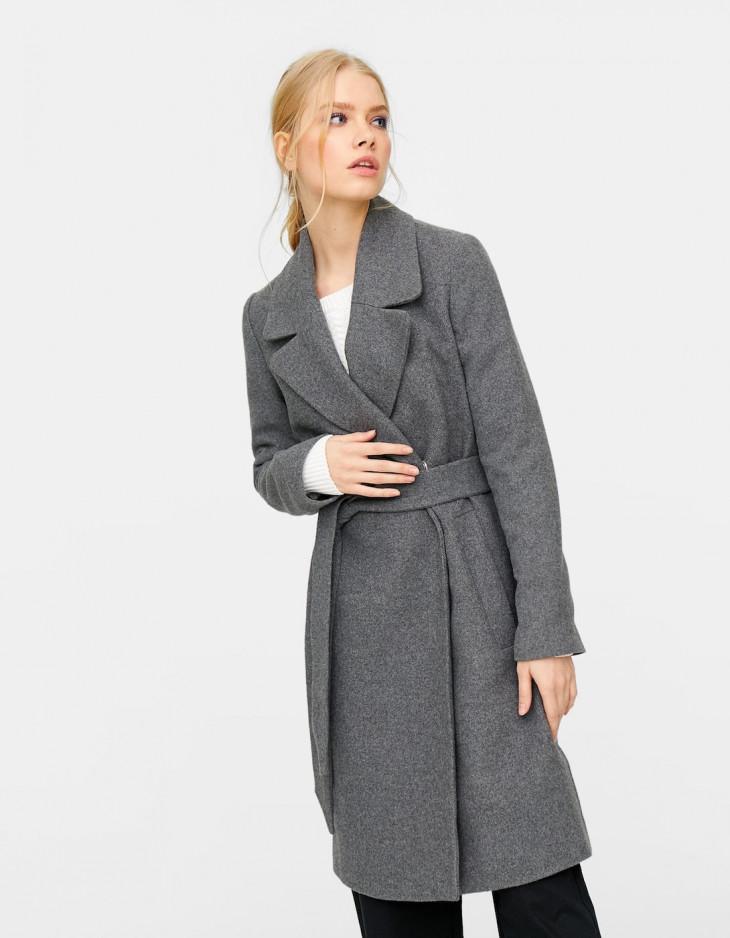 страдивариус пальто с поясом