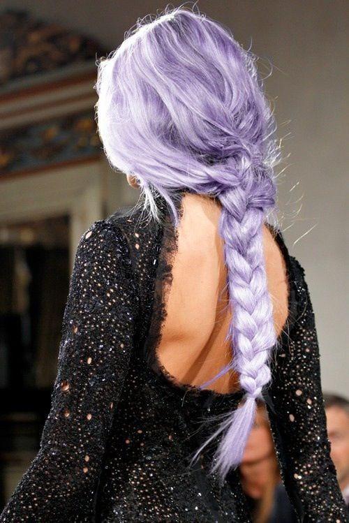 Сиреневое окрашивание на длинные волосы