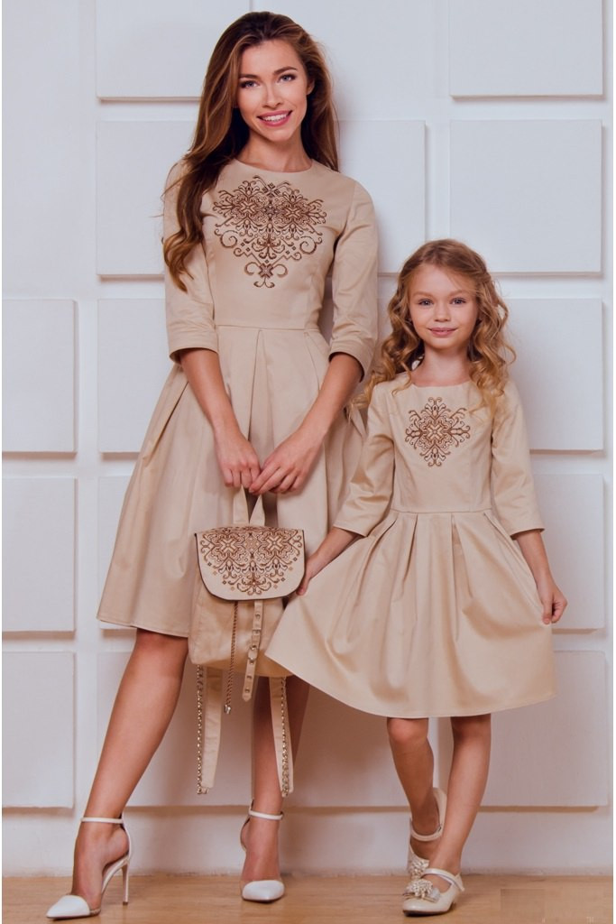 Платья фэмили лук Vilenna