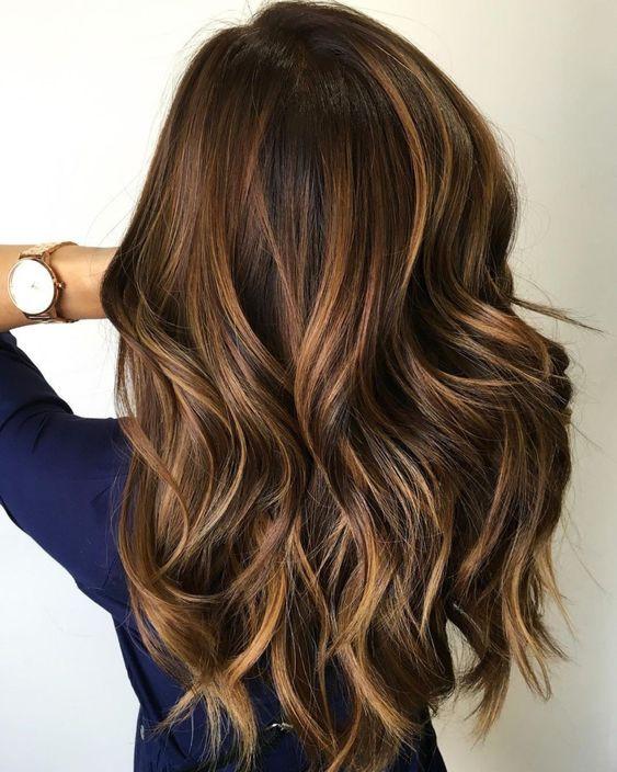 Карамельные блики в волосах