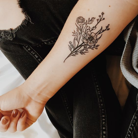 Татуировки женские на руке