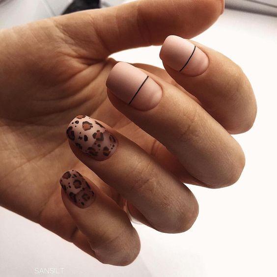 Леопардовый маникюр бежевый