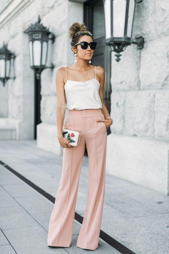 Пудровые брюки палаццо
