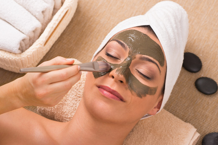 Как пользоваться масками для лица и получить от них всю пользу