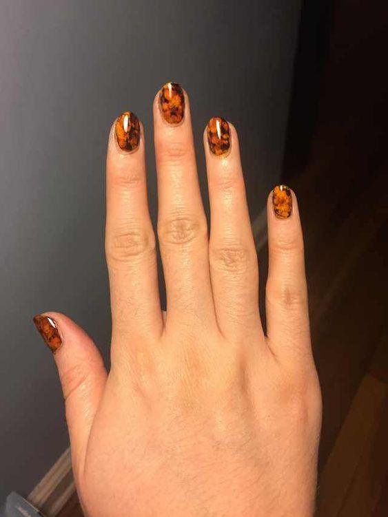 маникюр янтарные ногти