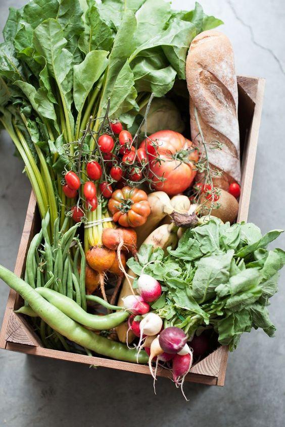 овощи и хлеб