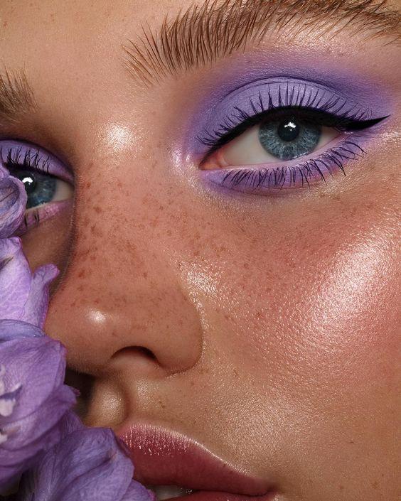 Сиреневый макияж смоки айс
