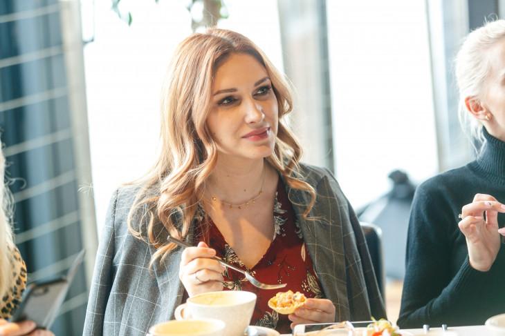 Наташа Наффи