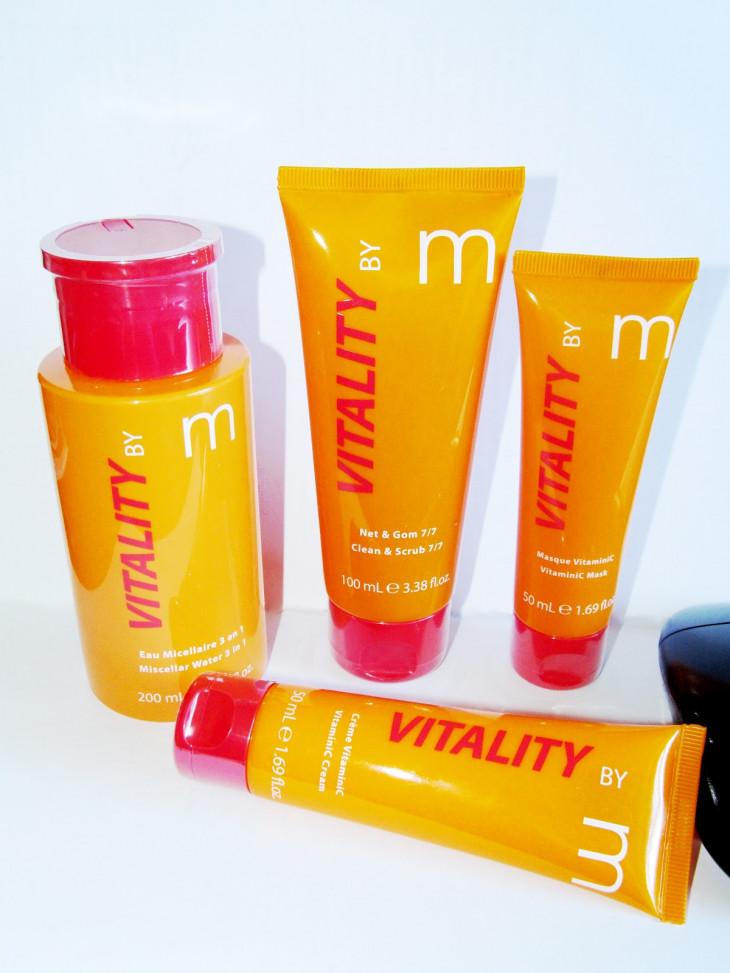 Гель-скраб для очищения жирной кожи лица