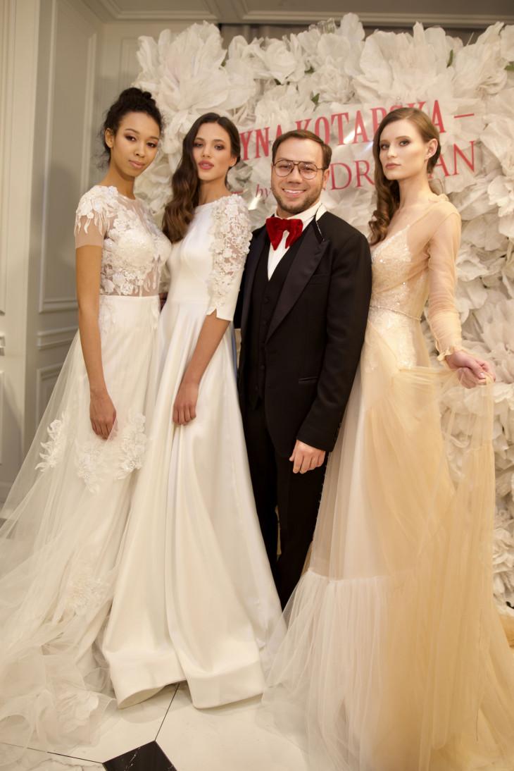 Андре Тан на презентации своей коллекции свадебных платьев