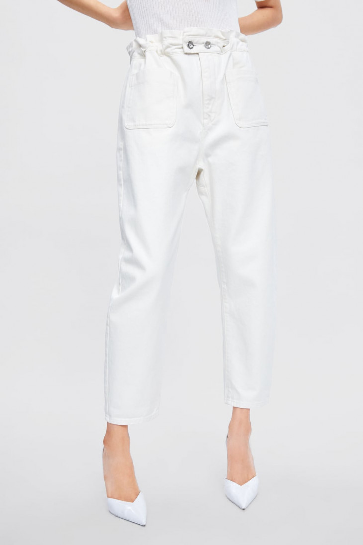 Белые джинсы свободного кроя Zara