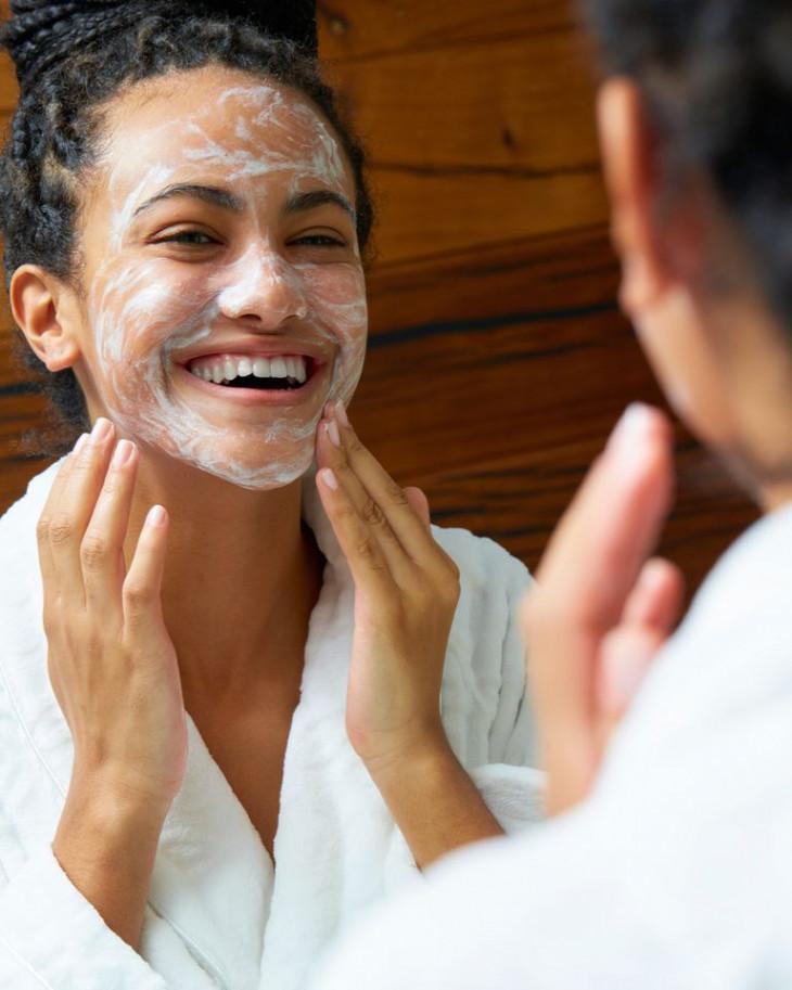 Очищение кожи перед сном