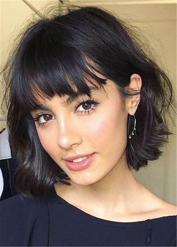 Стрижка на короткие волосы с челкой