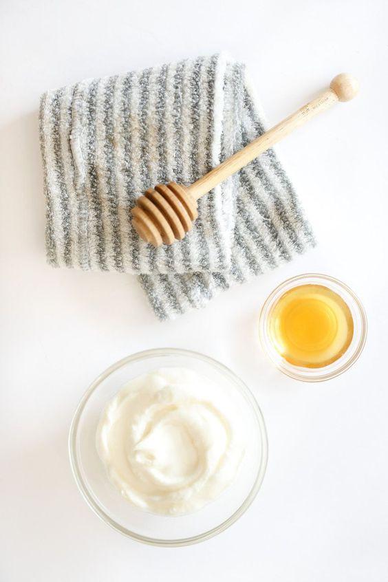 маска с йогуртом и кокосовым маслом
