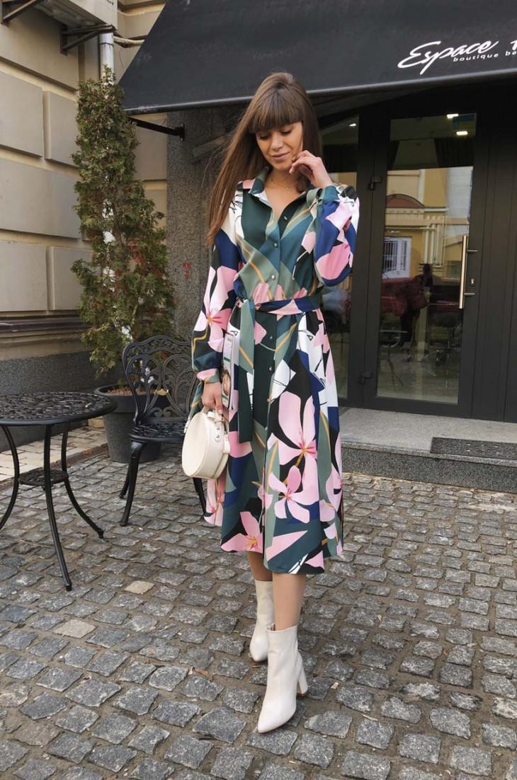 Платье в цветочный принт One by One
