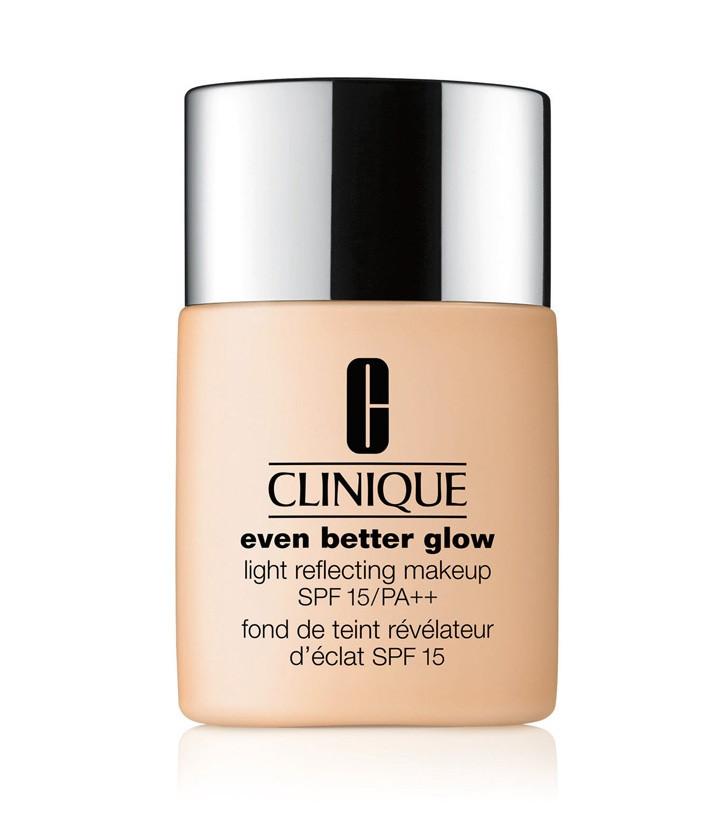 Clinique Even Better Glow Light Reflecting Makeup SPF15