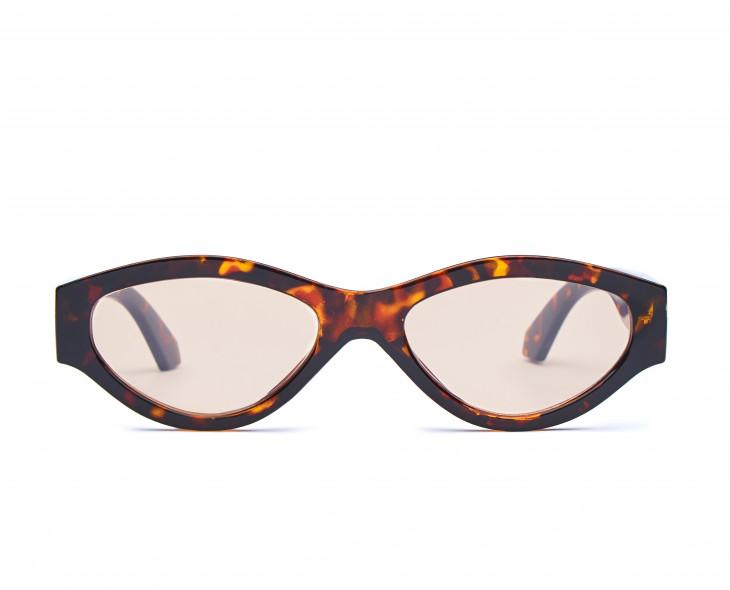 Стильные солнцезащитные очки 2019