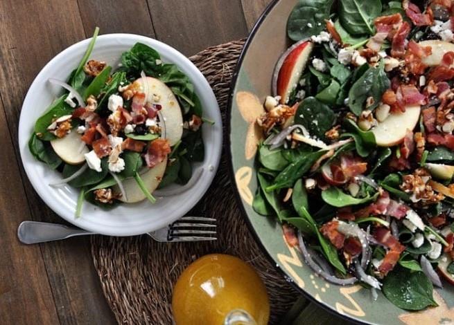 яблочный салат со шпинатом
