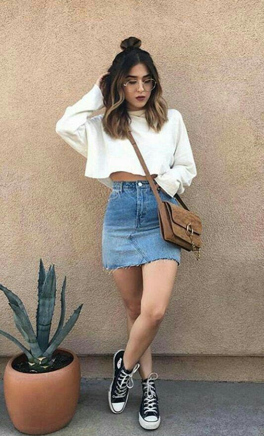 кеды и джинсовая юбка