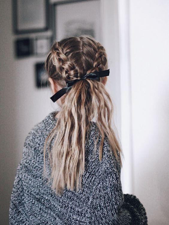 Две косички на длинные волосы