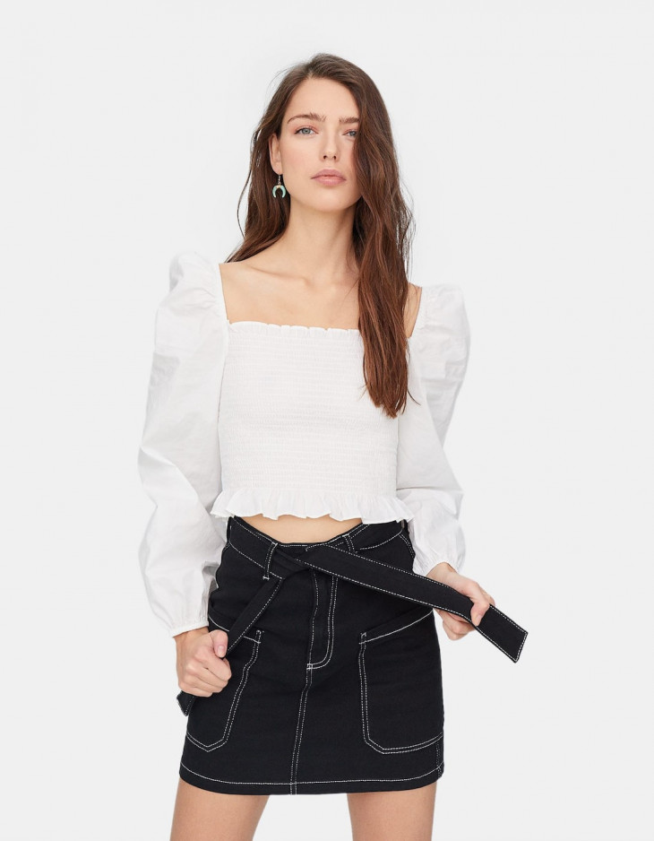 блуза с объемными рукавами stradivarius