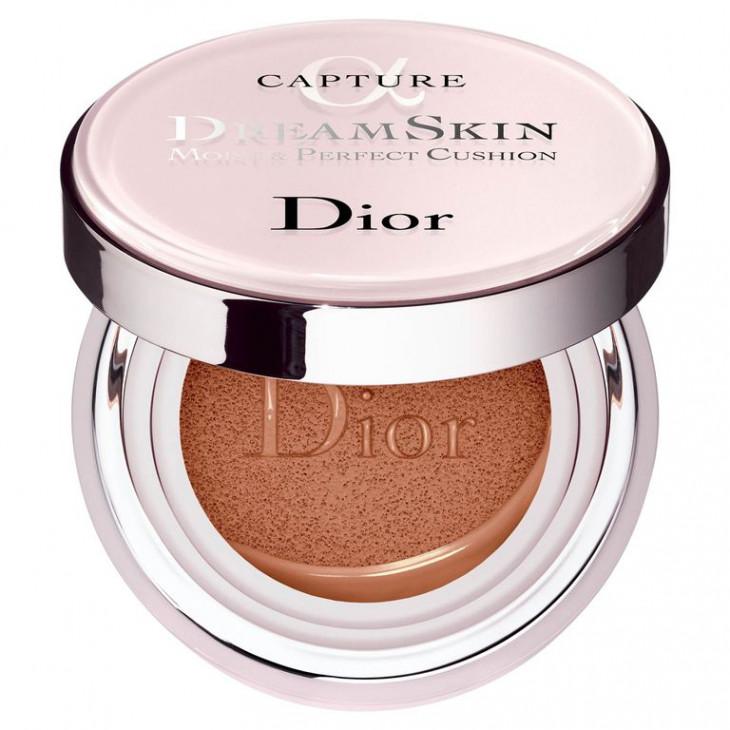 Dior DreamSkin Perfect Skin Cushion SPF 50 PA+++