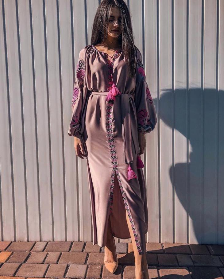 Шелковое платье с вышивкой ETNOLOOK
