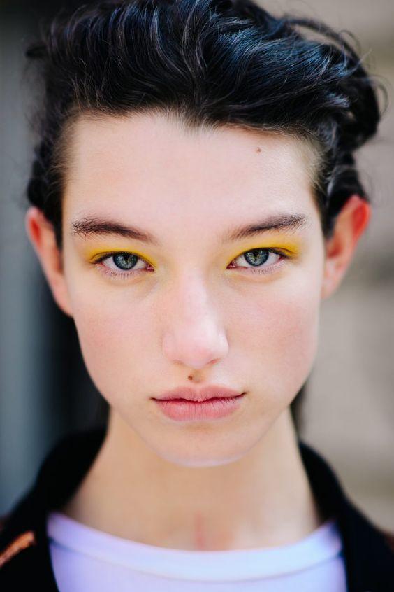 10 тенденций вечернего макияжа, которые хочется повторить