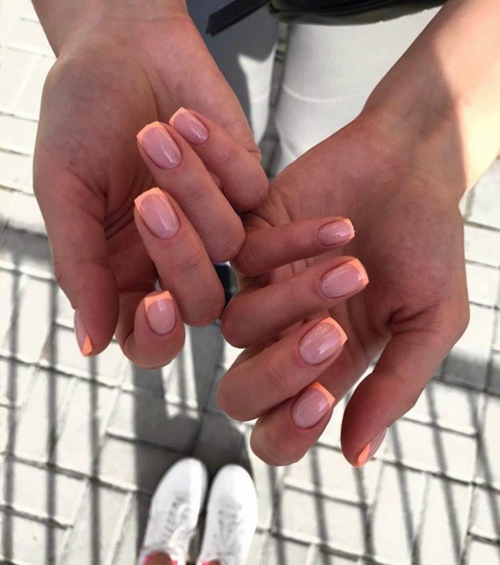 Цветной френч на ногтях