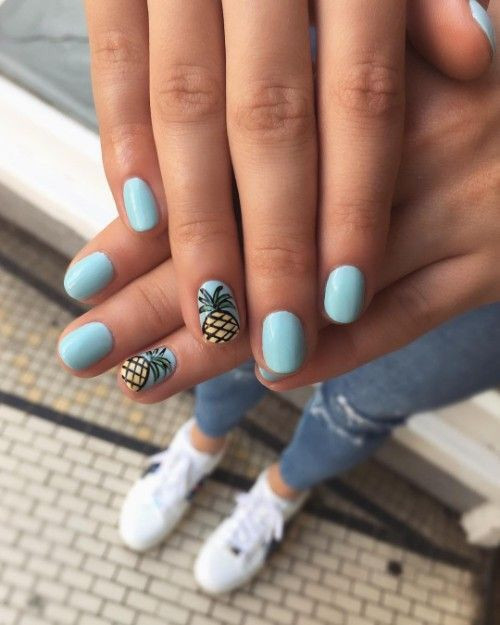 Фрукты на ногтях