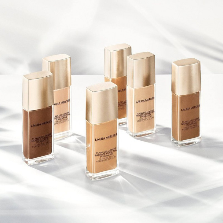 Laura Mercier Flawless Lumiere Radiance-Perfecting Foundation
