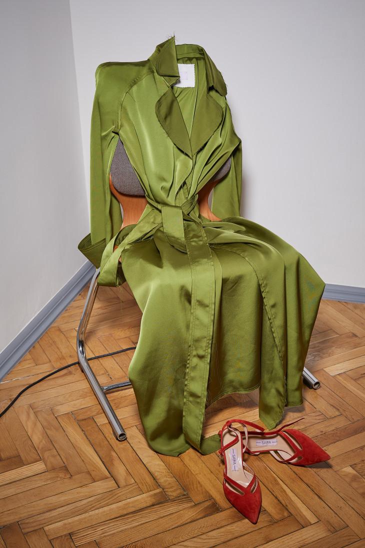 Оливковое платье-рубашка SAYYA