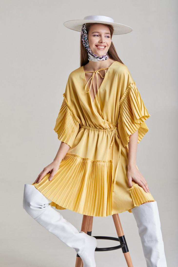 Желтое платье-плиссе SAYYA