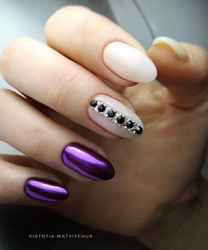 маникюр фиолетовый с втиркой
