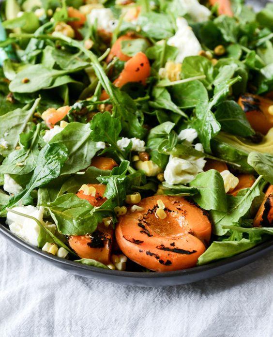 салат с абрикосом