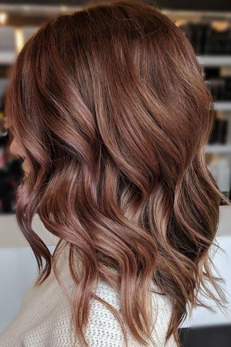 Розово-коричневые волосы