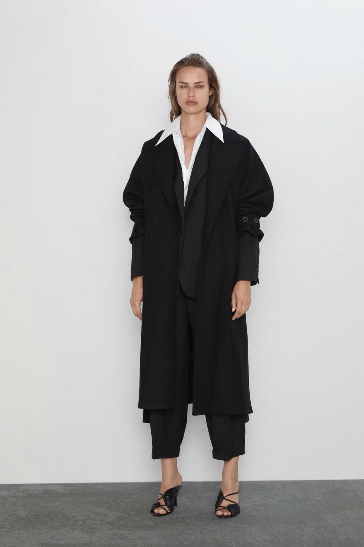 Черное пальто с поясом Zara