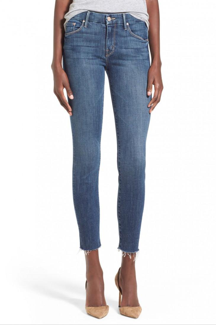 Синие джинсы скинни с потертостями MOTHER