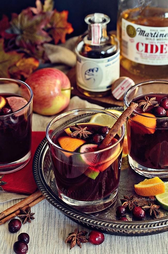 Глинтвейн с медом и фруктами