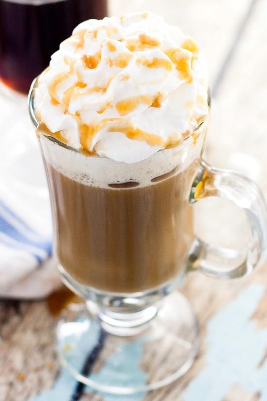 Карамельный ирландский кофе