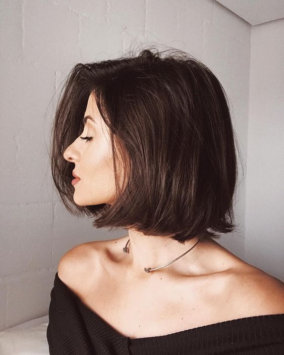 Укладка на короткие волосы с объемом