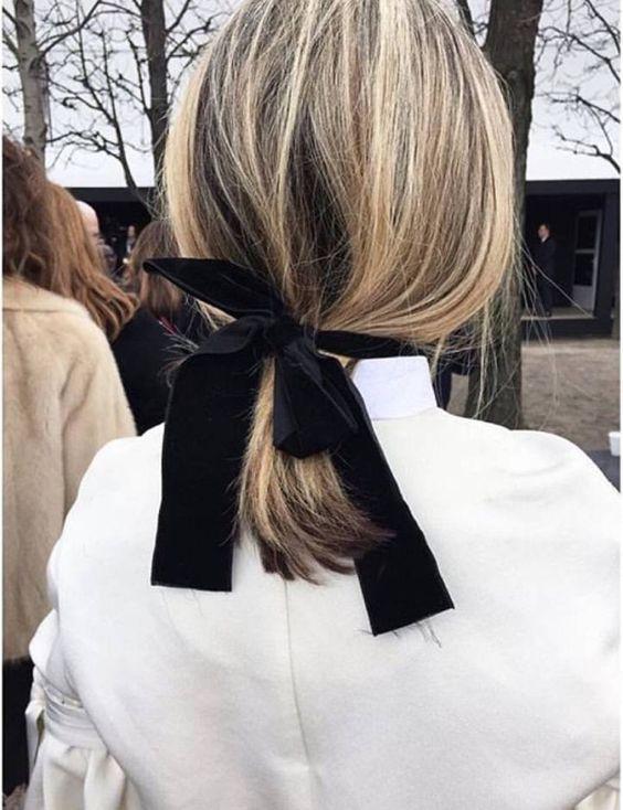Прическа хвост на короткие волосы