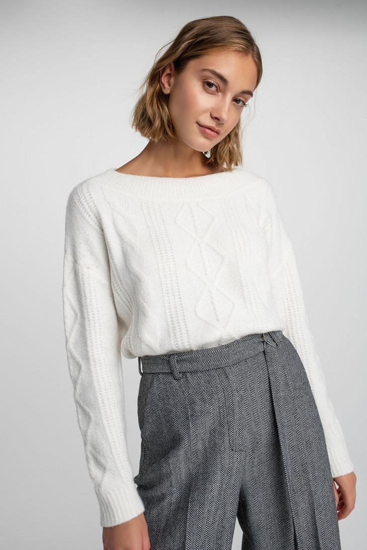 Молочный свитер Befree