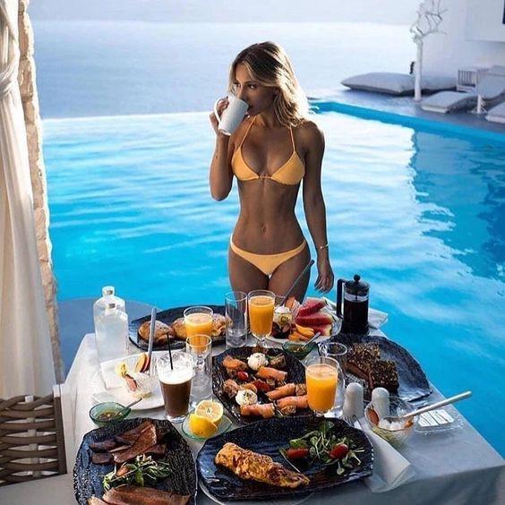 девушка есть завтрак шведская диета