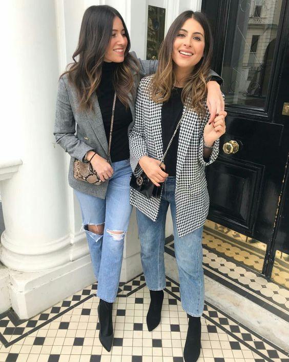 Сапоги чулки с джинсами