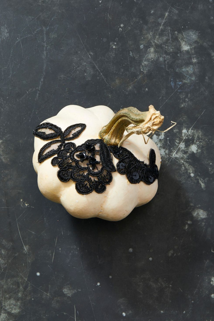 Белая тыква на Хэллоуин