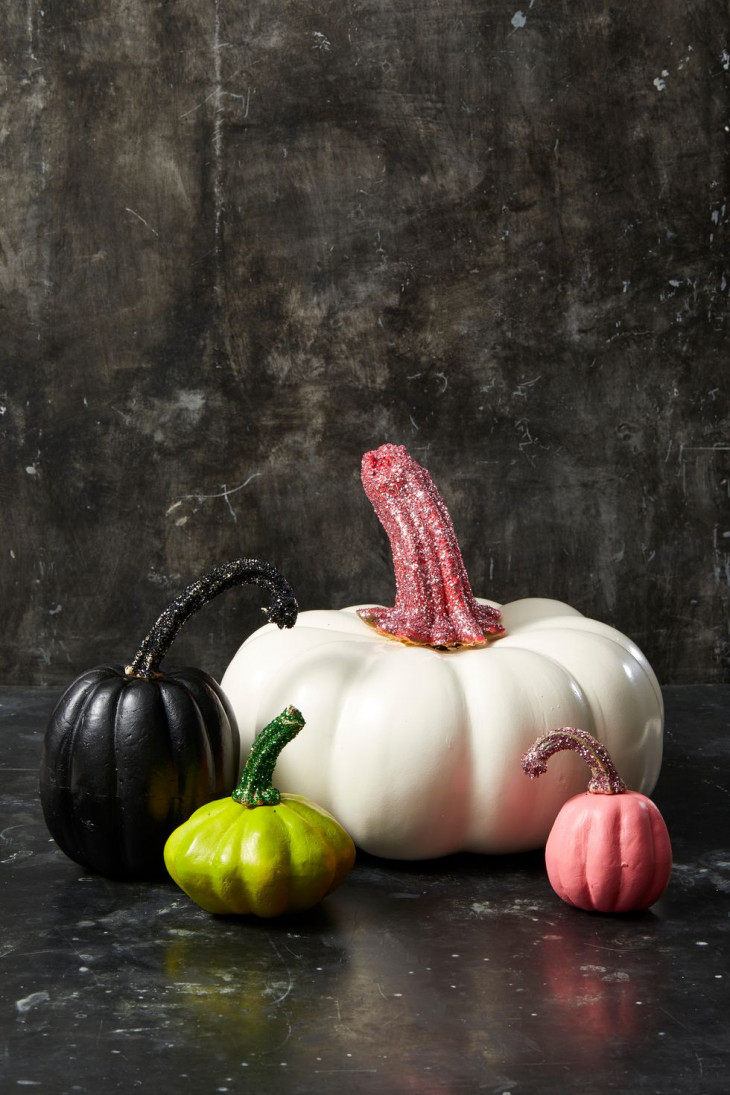 Тыква на Хэллоуин с глиттером