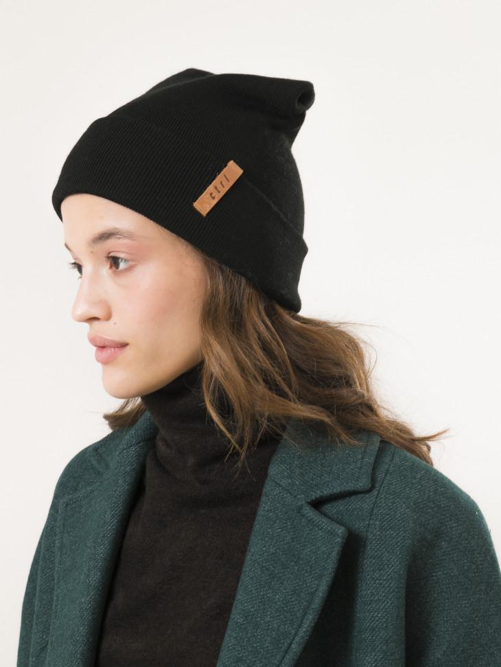 Черная шапка CTRL